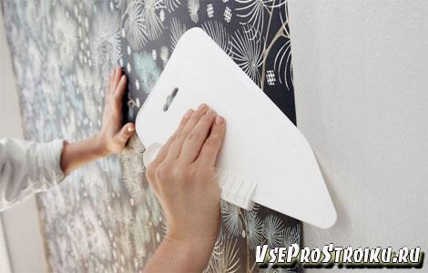Как приклеить фотообои на стену