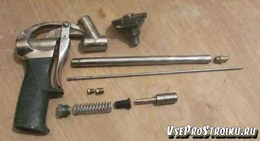 Как своими руками разобрать пистолет для монтажной пены
