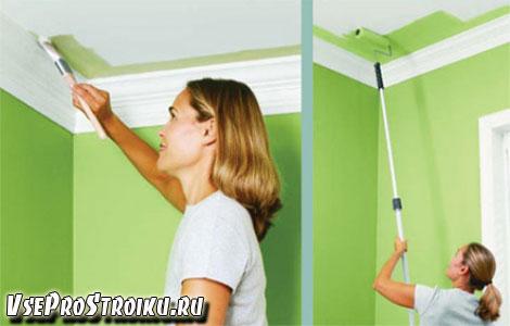 Покраска потолка с помощью кисти