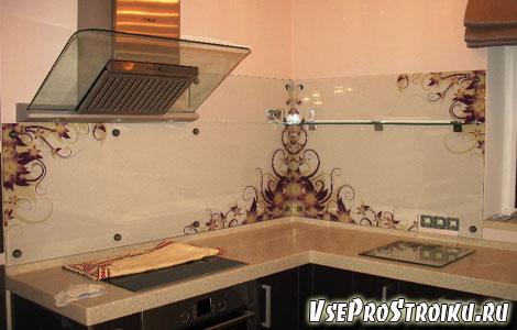 Стеклянный фартук для кухни